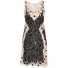 dress)