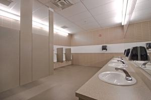 Mens_Washroom