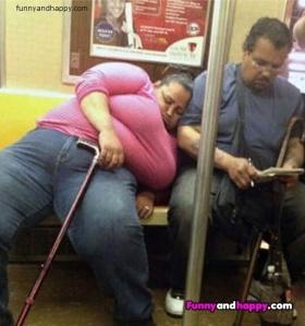 Fat woman in subway, Fat Frau in U-Bahn, Grosse femme dans le métro, Tlustá ¸ena v metru
